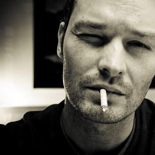 картинки с сигаретой парни